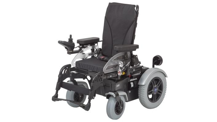 The B400 is available with various seats and seat cushions
