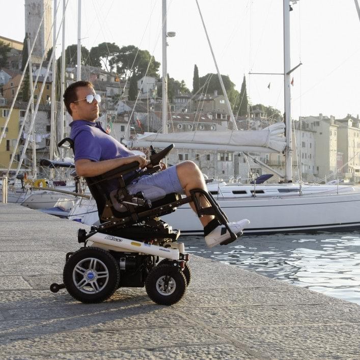 B500 Power Wheelchair