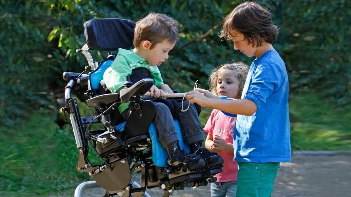 B400 Kids power wheelchair