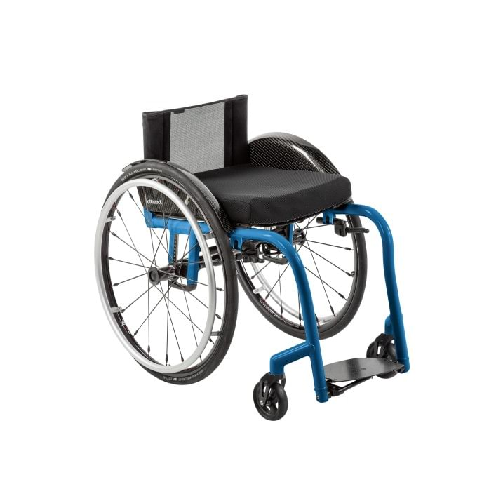 Overall view of the Zenit CLT wheelchair for active use