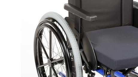 Start M3 Hemi wheelchair with one-hand drive