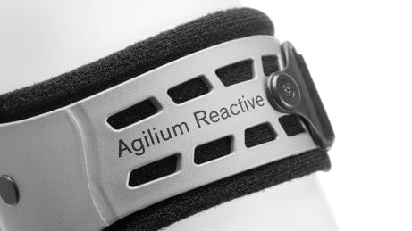The auto-adaptive material of the Agilium Reactive adapts to the user's body shape.