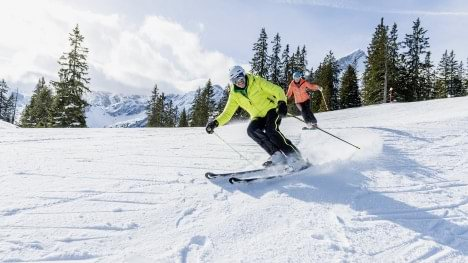 Christian Neureuther skiing with the Agilium Softfit