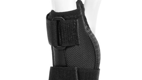 Hook-and-loop closures with O-ring on the Manu ComforT and Manu ComforT Stable wrist orthoses.