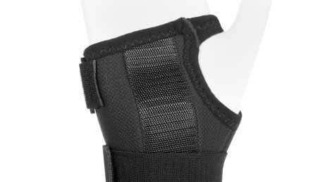 Volar plastic splint of the Manu ComforT and Manu ComforT Stable wrist orthoses.