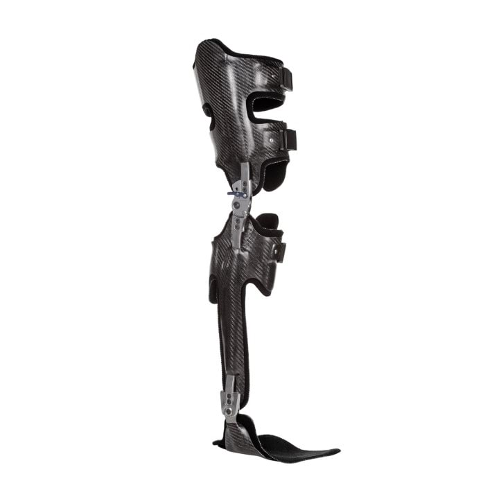 Complete leg orthosis with unilateral knee and ankle joint