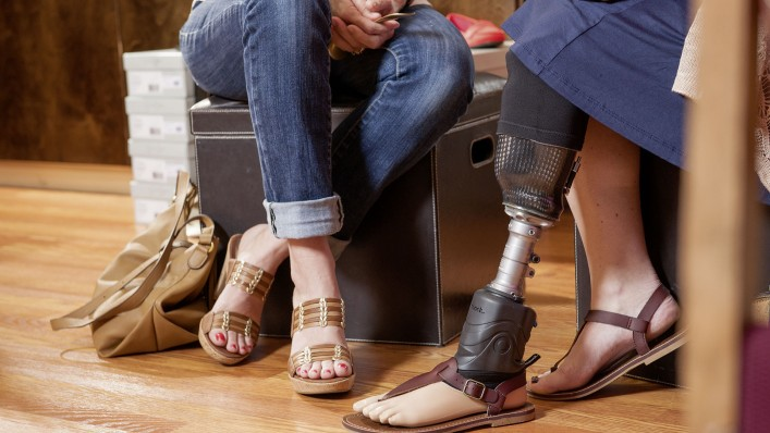 utilisatrice du pied prothetique triton smart ankle assise