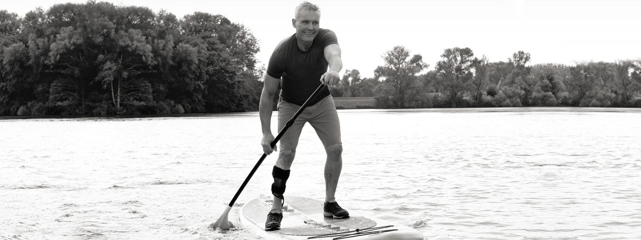 WalkOn Reaction user Henning paddling on a lake