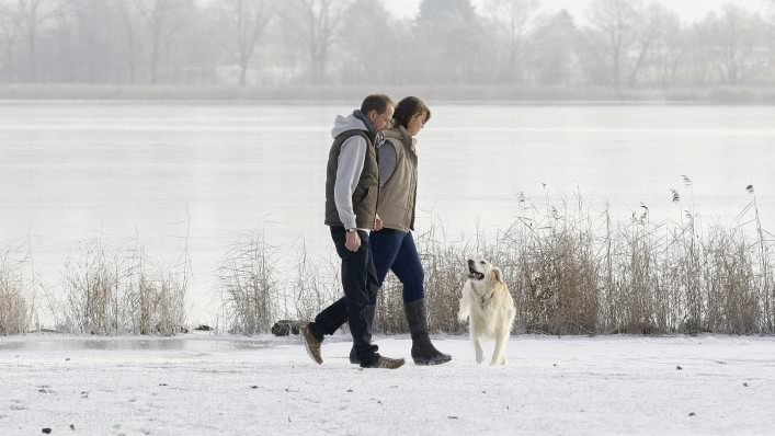 Jürgen with WalkOn taking a walk in the snow